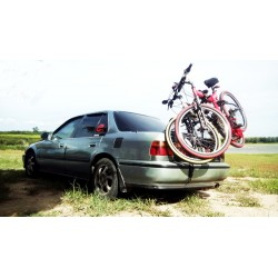 Universal rear bicycle rack for car