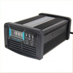 12V Multi Current Intelligent Pulse Battery Charger